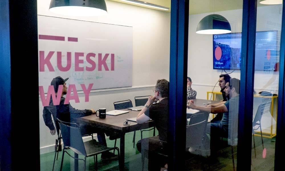 Descubra las Ventajas y qué se Requiere para Solicitar un Préstamo Kueski