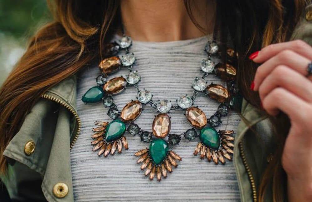 Tendencias de moda anticuadas en las que no vale la pena invertir