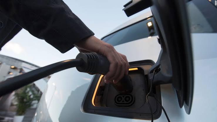 Crece la compra de gasolina de Mexico a China