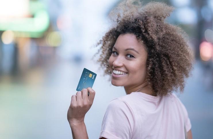 Cómo Usar una Tarjeta de Crédito Correctamente