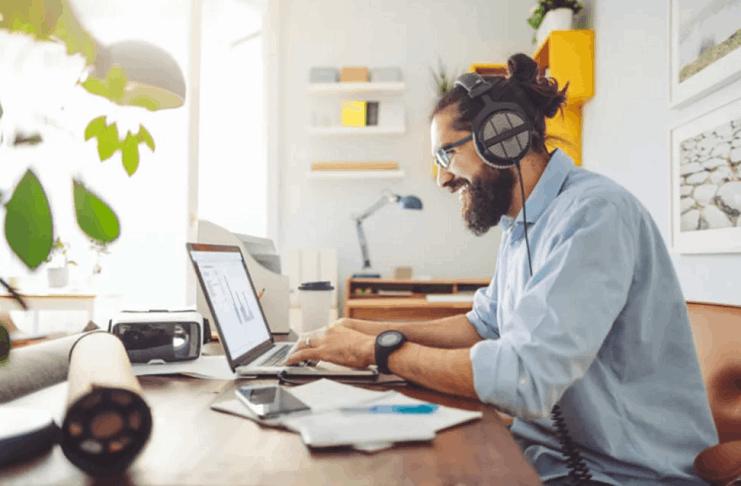 Cómo Ganar Dinero siendo un Nómada Digital