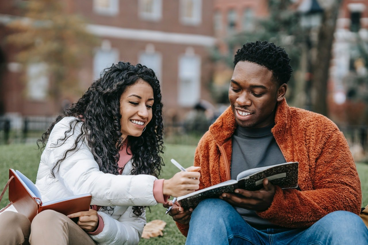 US Government Offers Loan to Parents of College Students - Learn How to Apply